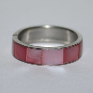 Silver and pink shell ring size 6.5